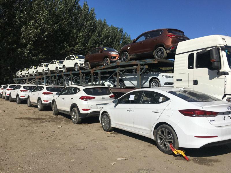 西安到百色商品车托运公司装车流程1